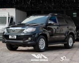 Toyota hilux sw4 2015 3.0 srv 4x4 7 lugares 16v turbo intercooler diesel 4p automÁtico