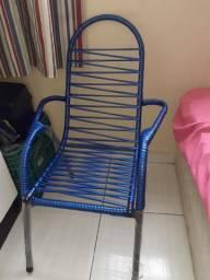 Cadeira infantil modelo grande e alto