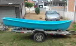 Canoa Canadense com Motor