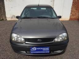 Fiesta 2002 sedan Street - 2002