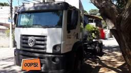 Caminhão vw costellation 24280 2015
