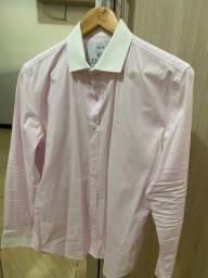 Camisas e pólos