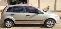 Ford Fiesta Hatch 2008 - R$ 11.800,00