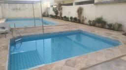 Flat na região central de Caldas Novas, 2 piscinas, 1/Q, banheiro, sala e cozinha