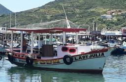 Barco de passeio a venda