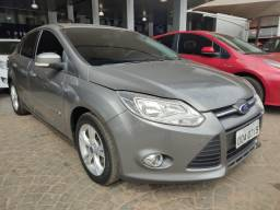 Ford Focus Sedan 2014