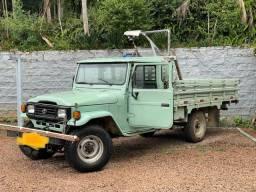 Toyota Bandeirante 1997 verde
