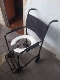 Cadeira de banho em exelente estado
