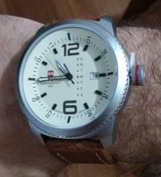 Relógio Masculino De Pulso Naviforce Quartzo Pulseira Couro Marrom