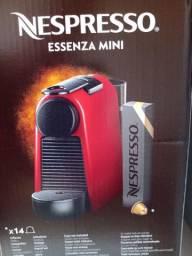 Cafeteira Nespresso essenza mini 220 v
