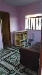 Aluga-se kitnet mobiliada para casal sem filhos