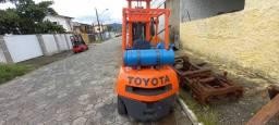 Empilhadeira Toyota