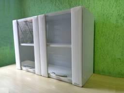 Armário de aço com 2 portas de vidro. Itatiaia. Seminovo. Excelente estado.
