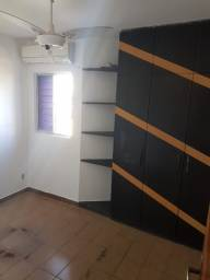 Apartamento com 2 qts - Cordeiro
