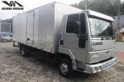 Ford Cargo 815 - Ano: 2011 - Baú