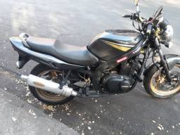 Título do anúncio: Moto Suzuki gs 500