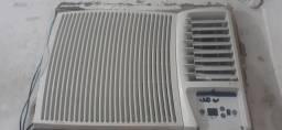 Ar condicionado de janela de 12000bt 400 real