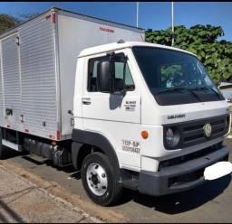 Título do anúncio: Compro caminhão 3/4 Volkswagen ou Cargo 2012 a 2017