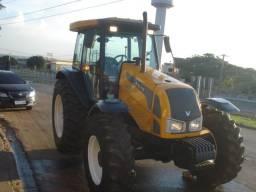 Trator agrícola Valtra Bm100 - 2008/09