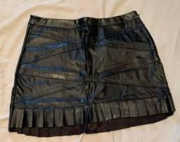 Desapego de saia de couro sintético