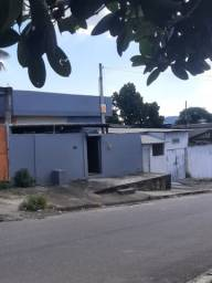 Casa 2 quartos, acabamento top ! Asfalto, condução, perto da Dutra, de laje, murada!!!