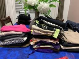 Lote de blusinhas e calças