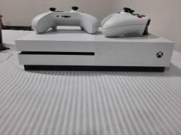 Xbox One - Muito Novo