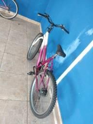 Bicicleta feminina 18 marchas impecável