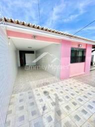 Vendo Casa em Candelária - 3/4 sendo 1 suíte + Closet - 180m² - 330 mil