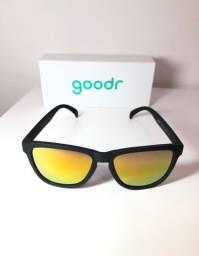 Óculos De Sol Goodr Wiskey Shots With Satan