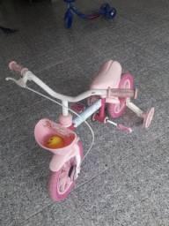 Bicicleta infantil ótimo estado