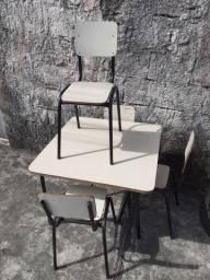 Mesa +4 cadeiras INFANTIL