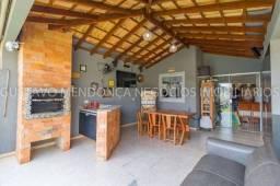 Linda casa seminova no Rita Vieira toda planejada e com energia solar instalada!