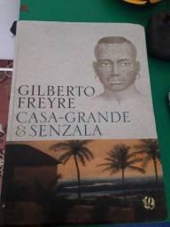 Livro.  20 reais