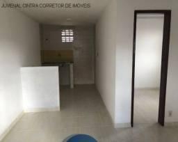 Título do anúncio: Alugo apartamento em Itapuã com 1/4, 1º andar, R$ 700,00!!