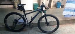 Bicicleta aro 29 Tam. 17 Absolute Nero