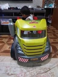 Vendo caminhão Brutus