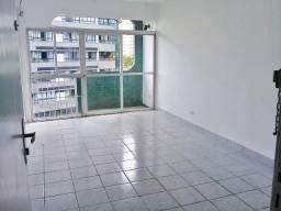 [ A31353 ] Apt Com 1 sala para 2 ambientes, varanda e 3 Quartos. Em Parnamirim, Recife/PE