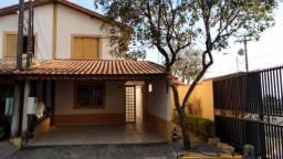 Casa com 2 dormitórios à venda, 60 m² por R$ 230.000,00 - Parque Califórnia - Jacareí/SP