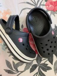 Sandália clog crocsband