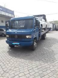 Caminhão 710 plus reboque