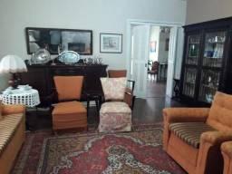Casa com 7 dormitórios à venda, 536 m² por R$ 1.600.000 - Centro - Pelotas/RS
