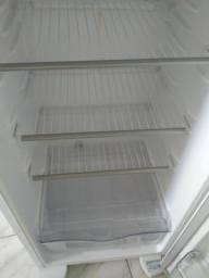 Geladeira electrolux duplex branca , 260l puxador argonômico