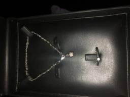 Conjunto de pulseira com anel de Ouro 18 Branco com Brilhante vem com a garantia ?