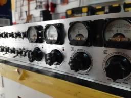 Compressor de áudio Behringer