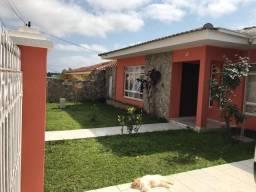 Ótima residência com amplo terreno no Orfãns !!!