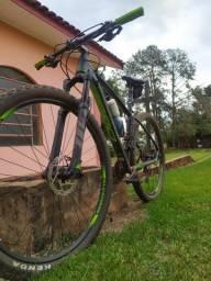 Bicicleta Oggi 7.3 / 2019