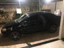 Carro polo 2011 com Gnv 16