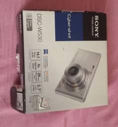 Câmera digital vendo ou troco