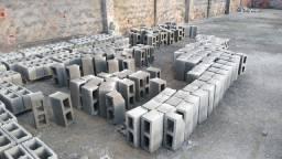 Vendo uma máquina hidráulica de fabrica blocos de concreto